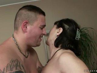 controleren hardcore sex kanaal, een orale seks neuken, vol zuigen