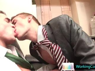 Fucking And Engulfing Wthis Chabn The Boss Is Away