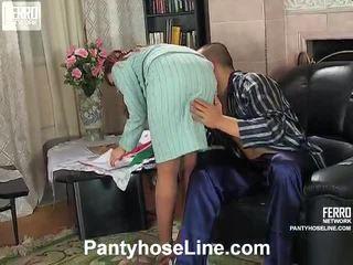閃光絲襪, 著名放養的女孩 最熱, 看 色情絲襪景點 新鮮
