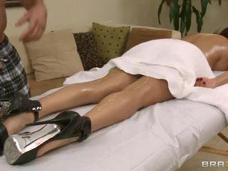Busty Diamond Foxxx In High Heels Gets Boned After Massage
