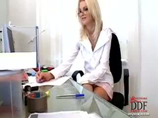 Wiska doing caliente mamada