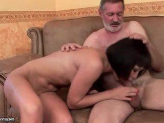 Eksootiline teismeline keppimine vana mees