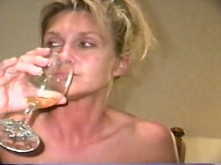 Piss: sherry carter a beber mais velho piss