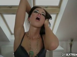 new brunette fuck, see toys, masturbating