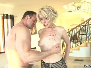 Daddy's Bimbo Punished! The Huge Yonker Will Go Far In Her Anus Hole