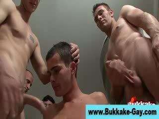 klocka groupsex, klocka gay, kvalitet twink bra