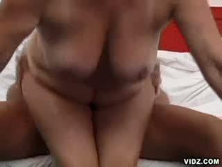 pik kanaal, meest reusachtig actie, heet grootmoeder porno