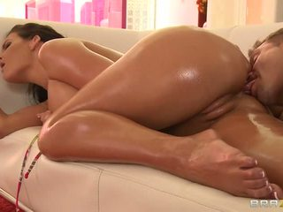 Phoenix marie gets gata pentru anal sex video