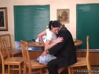 Seksual lesson in ýabany seduction