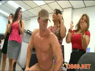 Hen party fuck - Mature Porn Tube - New Hen party fuck Sex Videos.
