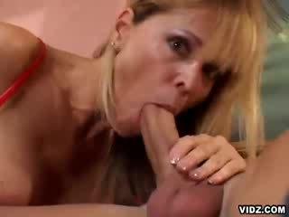 Nicole moore rammed بواسطة throbbing كوك
