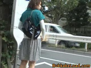 فاتنة أساء onto ال حافلة