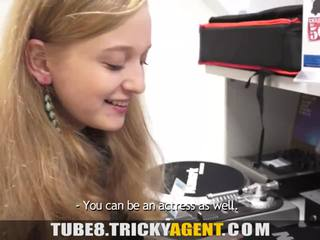 nieuw jong, tieners kanaal, nominale tiener porno