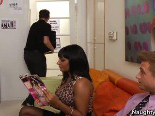 Ebony Xxx Model Havana Ginger Rides The Thang