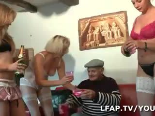 4 culs francais turna l anniv de papy
