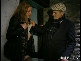 French slut blows Papy Voyeur and gets sodomized