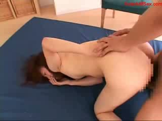 Betje eje with small emjekler getting her amjagaz fucked zoňtar ak döl to mouth and ýüz on the bed