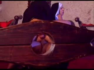 Kötü nuns takes ne o wants video