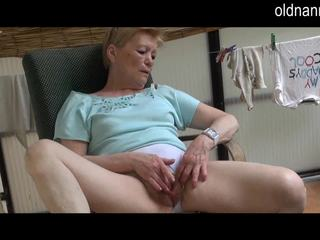 Old Granny masturbation with big black cock Video