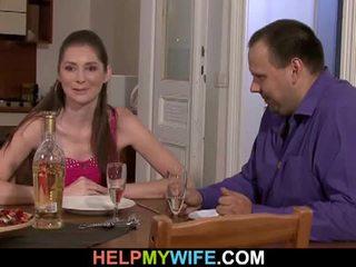 שמן בעל pays the פיצה guy tot זיון שלו אישה