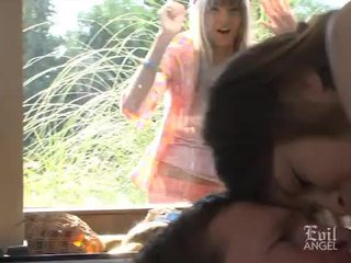 Beata Undine & Gina Gerson anal
