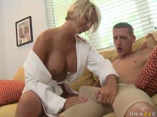 bikini-poilue-milf-beach-fucking-lingerie-porn-movie