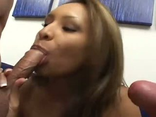 Spicy sundel nataly rosa packs mouth with bilingüe jago previous to getting burungpun hit