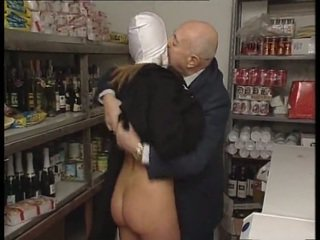 Monja & sucio viejo hombre. no sexo