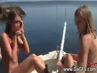 ترحيب aboard من ال أبحر بيخت lesbos من ال بحر جزء 3