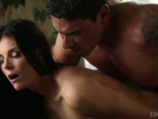 Smoking hot siren India Summer gets fucked deep Video
