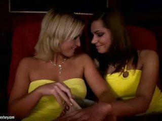 babes, lesbian, fingering