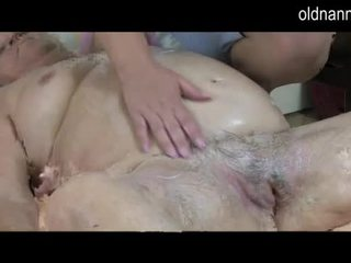 Fat Mature massage Granny 86yo Video