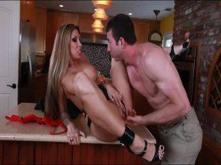 heetste brunette mov, controleren hardcore sex, gratis blow job thumbnail