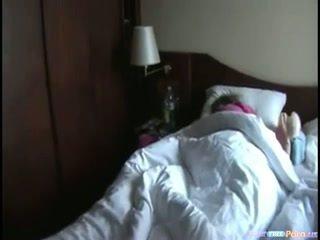 צעיר כּלבתא ישן