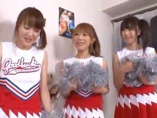 3 거대한 가슴 nipponese cheerleaders sharing 오이