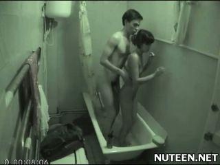 zien badkamer mov, alle verborgen cams, tiener actie