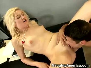 Heather Gables Receives Her Licked And Screwed By A Hard Meat Shaft
