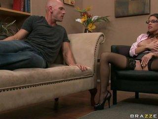 brunette, white, nice blowjob porno