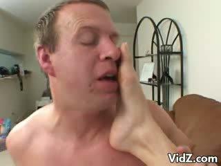 Schön ciera sage gets füße nastily licked