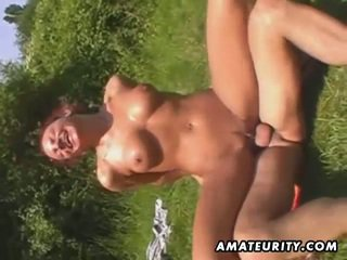 Amateur outdoor threesome action