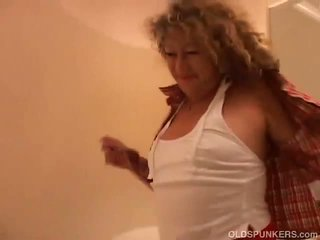 So Sexy Sucks Cock