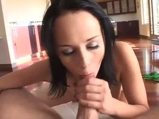 Cock craving Alexa Von Tess wraps her lips round a throbbing prick shaft