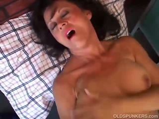 Mature Amateur Has A Corpulent Moist Muff