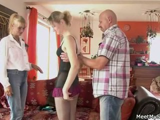 teens rated, grannies fun, old+young