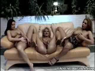 Bigtit Lezzy Three Some