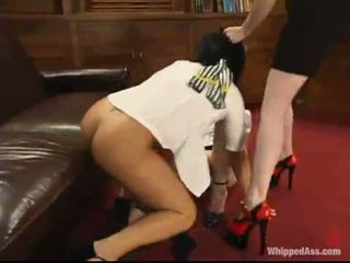 meer caning seks, meer over de knie spanking kanaal, heet whipping scène