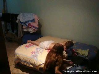 plezier brunette, amateur meisje, controleren bruin haar film