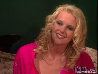 Hannah harper looks として ゴージャス として 今までに として 彼女 gets 彼女の 膣 stuffed