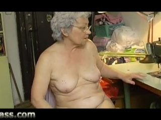Casero amateur regordeta viejo abuelita masturbándose gorda coño vídeo