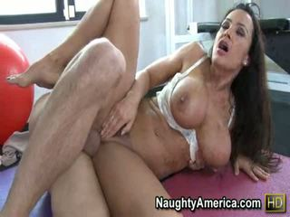Yoga instructor lisa ann has got laid enormt i den rumpa